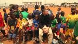 Jalkapallo tuo toivoa Kamerunin lapsille - pääseekö myös Arman kentälle?