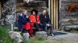8 - Kolme legendaa: Lenita Airisto, Jörn Donner ja Ves
