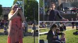 Räppiä ja iskelmää kaiken kansan edessä – katso kooste Open Air karaokesta